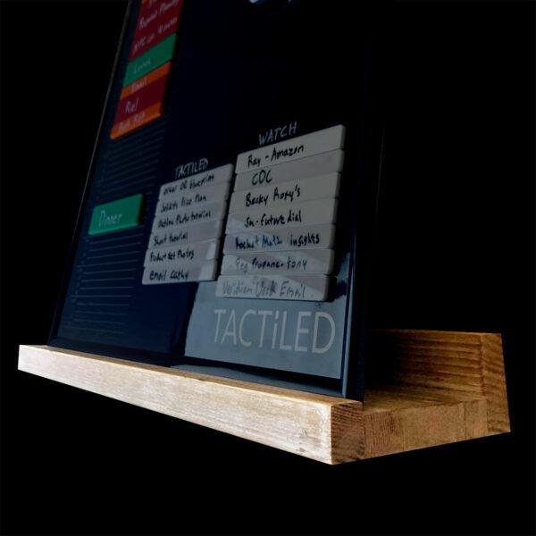 floating shelf tactiled